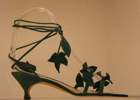 shoe-with-leaves